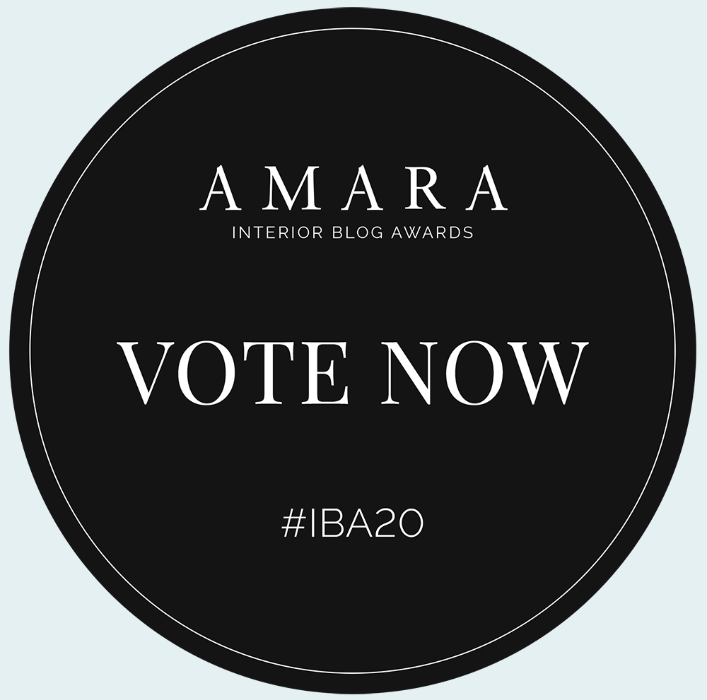 A picture of the Amara Blog Awards vote for me sticker.